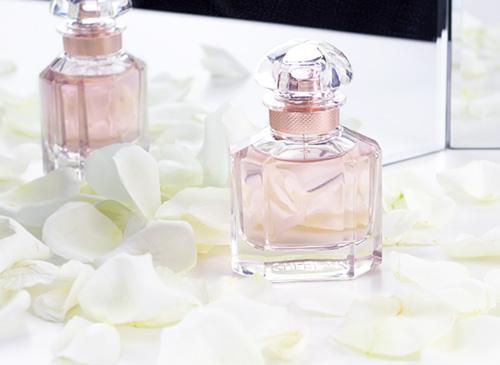 Apa De Parfum Guerlain Mon Guerlain Florale Femei 100ml