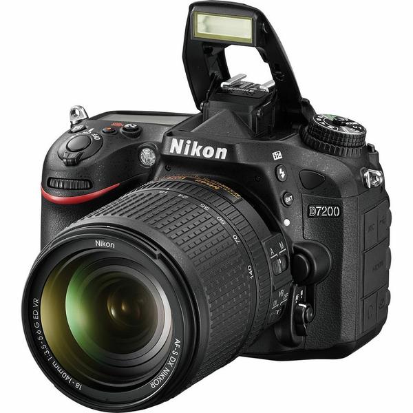 Camera Foto Dslr Nikon D7200 + Obiectiv 18-140mm Vr, 24.1 Mp, 3.2 Inch, Negru