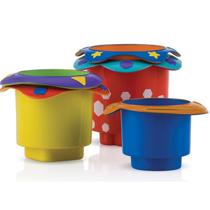 """Jucarie baie NUBY """"Set Cupe de stivuit"""", 6 luni +, multicolor"""