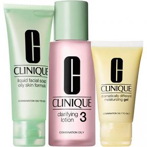 Set cadou CLINIQUE 3 Step Skin Care, ten mixt sau gras: Sapun lichid fata, 50ml + Lotiune pentru catifelare, 100ml + Lotiune hidratanta, 30ml