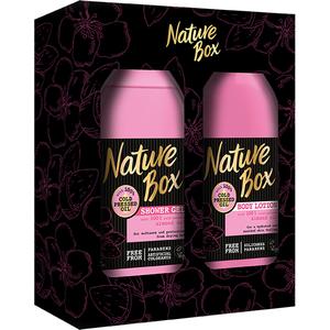 Set cadou NATURE BOX Almond Oil: Gel de dus, 385ml + Lotiune de corp, 385ml